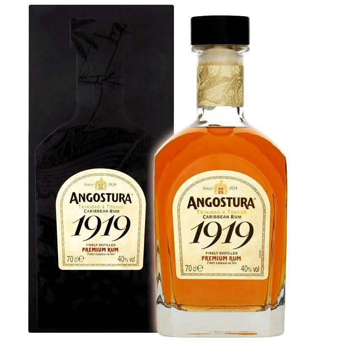 angostura_1919_8_ans_70cl